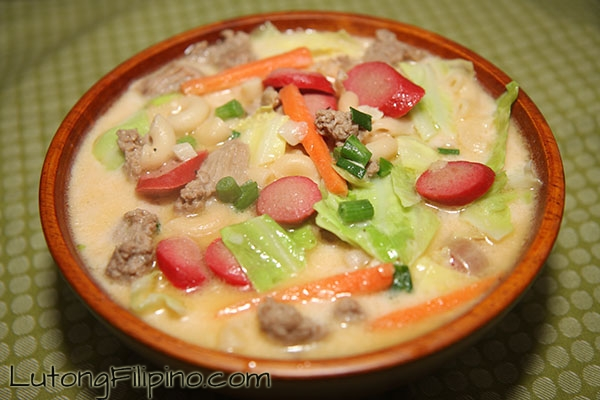 Chicken macaroni soup sopas recipe filipino recipes from lutong chicken macaroni soup sopas forumfinder